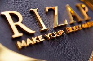 RAIZAP GROUP(ライザップグループ)とグループ企業を考察する